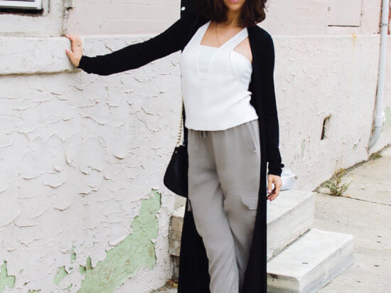 IMG_shop-tobi-grey-jogger-Alexis-Washed-Tencel-Jogger-pants-shopbop-white-top-work-rag-bone-black-duster-ann-taylor-cork-shoes-work-look-philly-back-to-work