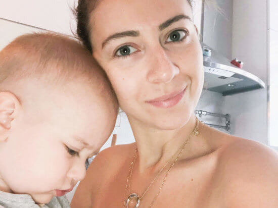 IMG_mama-skincare-routine-mom-beauty-routine-nightly-skincare-products-glossier-drunk-elephant-baby-elephant